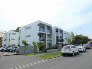 View profile: RICCARTON GROUND FLOOR FULLY FURNISHED APARTMENT WITH EASY CARE GARDEN