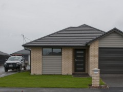 WIGRAM SKIES - TWO DOUBLE BEDROOMS, ONE YEAR OLD HOME