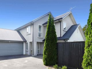 View profile: HILLMORTON - 2 STOREY, 4 BEDROOMS, HEATPUMP, DOUBLE INTERNAL ACCESS GARAGE