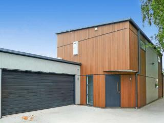 View profile: CITY CENTRE - NEWLEY BUILT FOUR BEDROOM, THREE BATHROOM, DOUBLE GARAGE