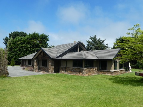View profile: KAIAPOI, LARGE 3 BEDROOM, 2 BATHROOM HOME ON LARGE SECTION