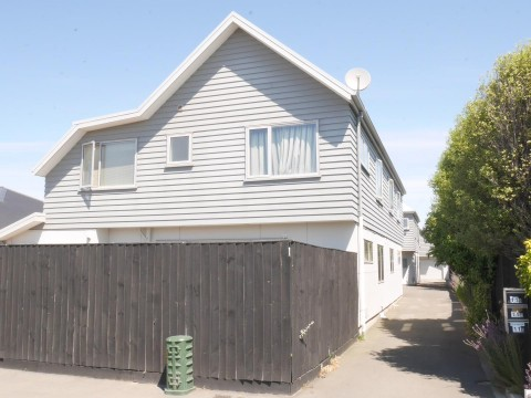 View profile: RICCARTON - 4 BEDROOMS, 2 X BATHROOMS, DOUBLE GARAGE