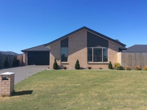 View profile: KAIAPOI - LARGE 3 BEDROOMS + OFFICE, LARGE FENCED SECTION