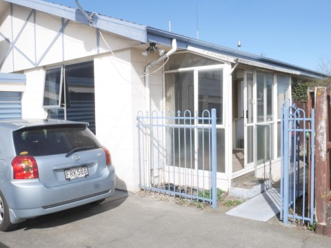 View profile: HORNBY - 2 BEDROOM UNIT, HEATPUMP AND SINGLE GARAGE, PET NEGOTIABLE
