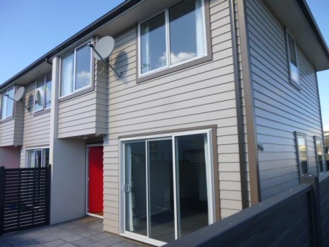 View profile: ST ALBANS - MODERN 2 BEDROOM TOWNHOUSE, HEATPUMP, INCLUDES WHITEWARE, SINGLE AUTO GARAGE