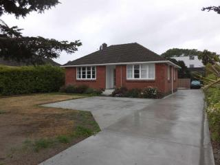 View profile: TWO BEDROOM PROPERTY IN UPPER RICCARTON